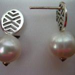 Pendientes de perlas, un accesorio del que se puede hacer alarde – Parte 1