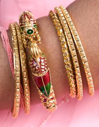 Joyería de la India, Joyería de Fantasía, plata, oro y joyas de diamante