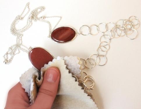 Cómo conservar sus joyas para venderlas en el 2013