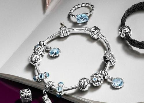 Cómo evitar comprar joyas Pandora falsificadas