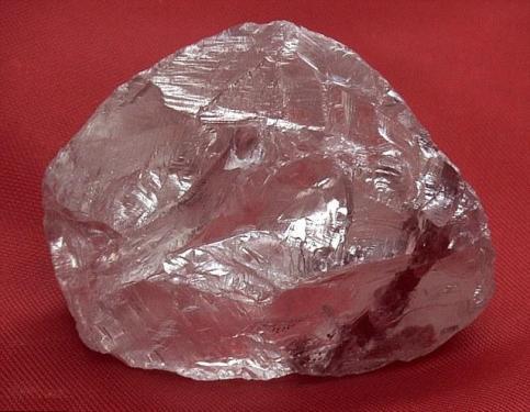 Diamante enorme es descubierto en Rusia