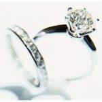 El significado de los anillos de diamantes