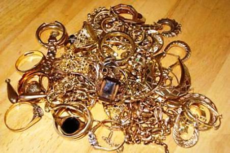 371f617f383f El precio del oro subió – Cuide sus prendas de los robos